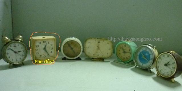 đồng hồ học sinh báo thức thời xưa